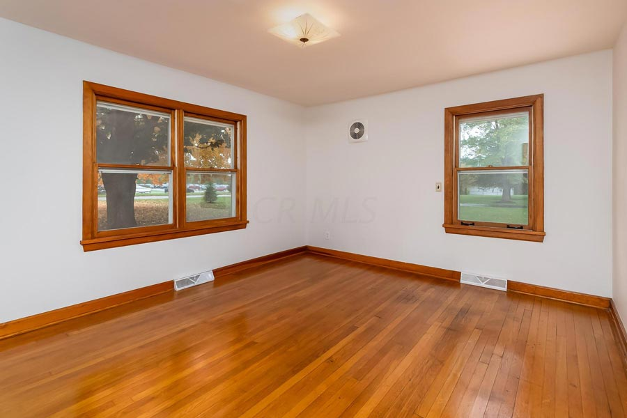 8 Winston Rd, Delaware, Ohio 43015, 3 Bedrooms Bedrooms, ,1 BathroomBathrooms,Single Family Home,For Sale,Winston,1019