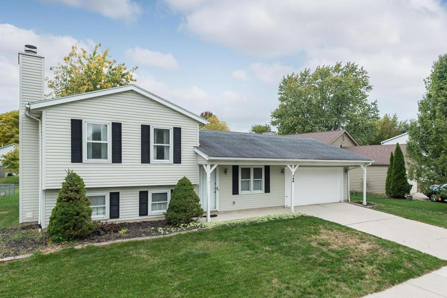 180 Rock Creek Drive Dr, Delaware, Ohio 43015, 3 Bedrooms Bedrooms, ,1 BathroomBathrooms,Single Family Home,Contingent,Rock Creek Drive,1024