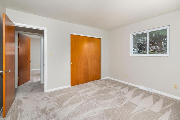 149 Grandview Ave, Delaware, Ohio 43015, 3 Bedrooms Bedrooms, ,2 BathroomsBathrooms,Single Family Home,Contingent,Grandview,1035