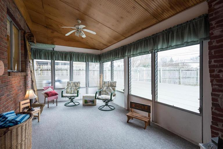 1412 Cottonwood Dr, Columbus, Ohio 43229, 4 Bedrooms Bedrooms, ,2 BathroomsBathrooms,House,Contingent,Cottonwood,1039