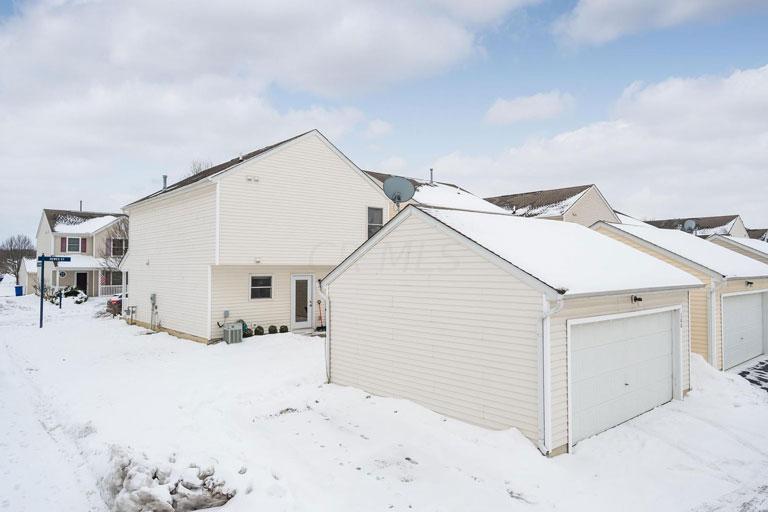 100 Hewes St, Delaware, Ohio 43015, 3 Bedrooms Bedrooms, ,2 BathroomsBathrooms,Condo,For Sale,Hewes,1047