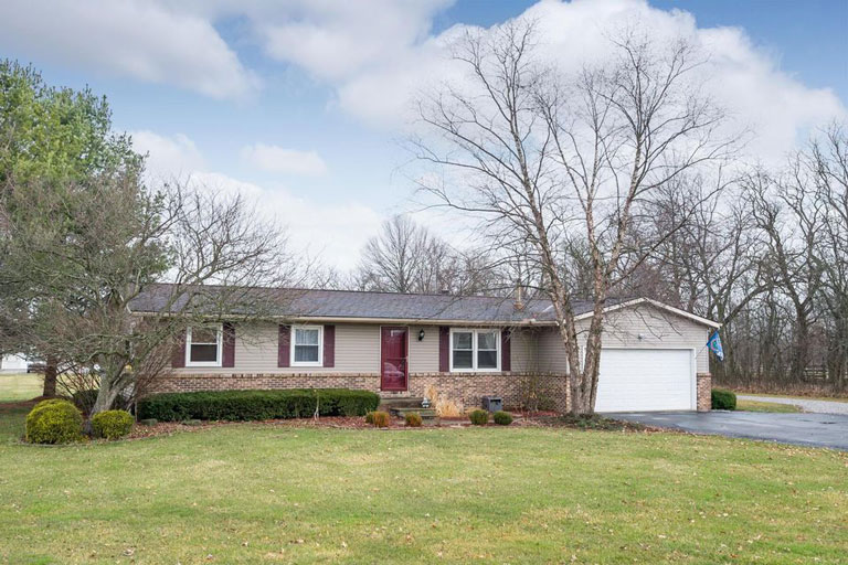 2860 Bean Oller Rd, Delaware, Ohio 43015, 3 Bedrooms Bedrooms, ,2 BathroomsBathrooms,Single Family Home,Contingent,Bean Oller,1051