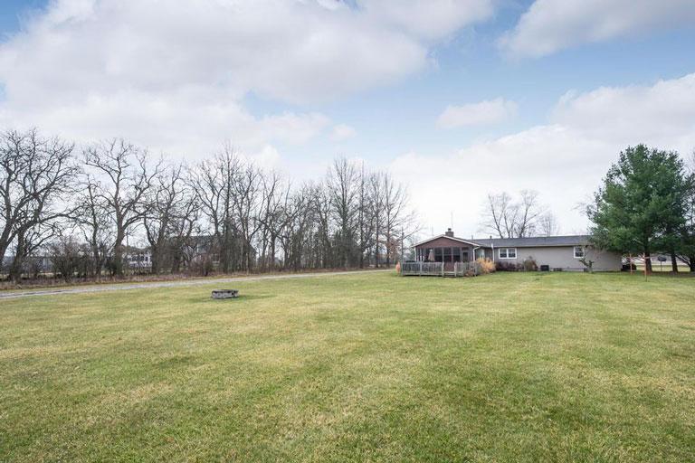 2860 Bean Oller Rd, Delaware, Ohio 43015, 3 Bedrooms Bedrooms, ,2 BathroomsBathrooms,Single Family Home,Contingent,Bean Oller,1051