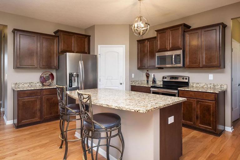 1154 Caribou Run, Delaware, Ohio 43015, 5 Bedrooms Bedrooms, ,2 BathroomsBathrooms,Single Family Home,Contingent,Caribou,1053