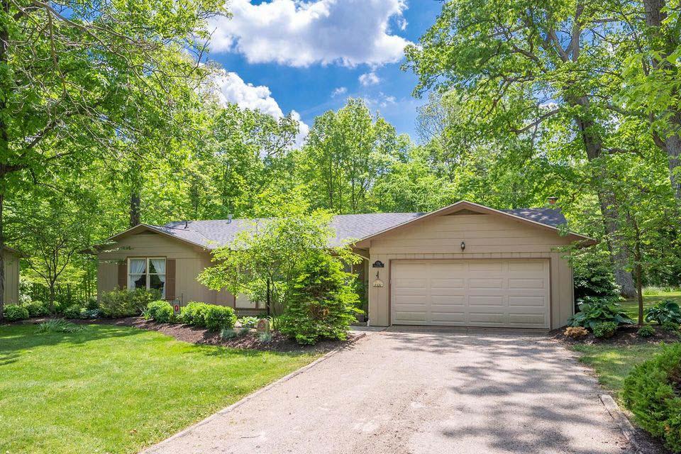 551 Coover Road Rd, Delaware, Ohio 43015, 3 Bedrooms Bedrooms, ,2 BathroomsBathrooms,House,Contingent,Coover Road,1057