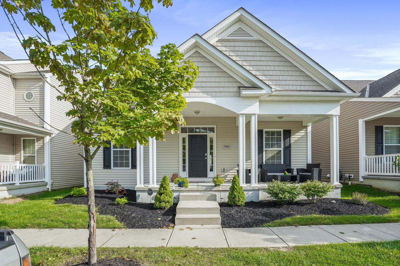 7882 Ashenden Drive, Blacklick, Ohio 43004, 3 Bedrooms Bedrooms, ,2 BathroomsBathrooms,House,Contingent,Ashenden Drive,1006