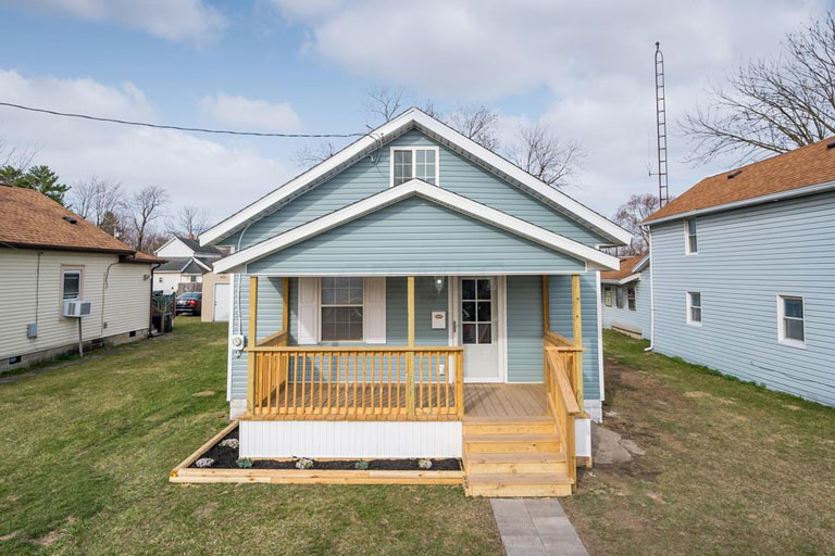 275 Nye St, Marion, Ohio 43302, 4 Bedrooms Bedrooms, ,1 BathroomBathrooms,Single Family Home,Contingent,Nye,1074