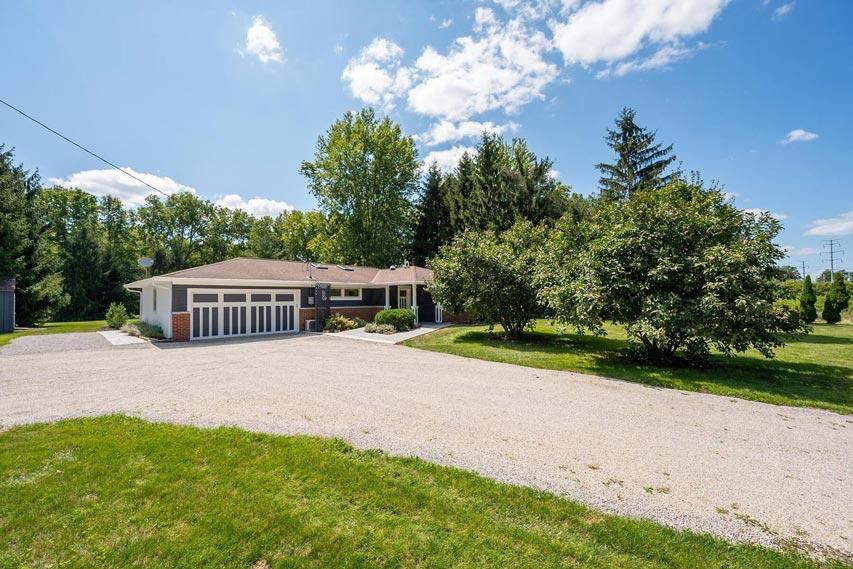 2491 Hyatts Rd, DELAWARE, Ohio 43015, 3 Bedrooms Bedrooms, ,2 BathroomsBathrooms,House,For Sale,Hyatts,1075