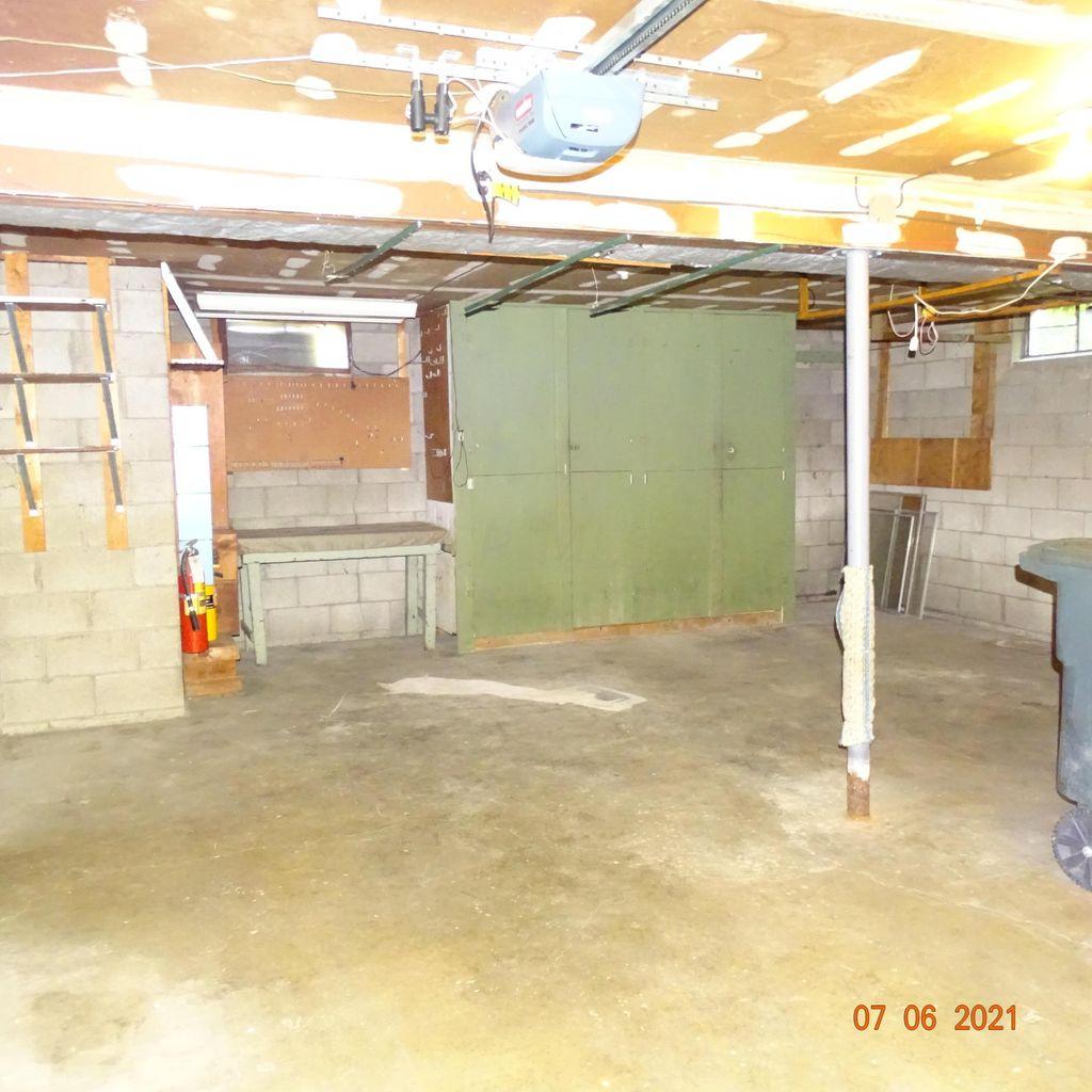 1492 Urban Dr, Columbus, Ohio 43229, 3 Bedrooms Bedrooms, ,1 BathroomBathrooms,Single Family Home,Contingent,Urban,1086