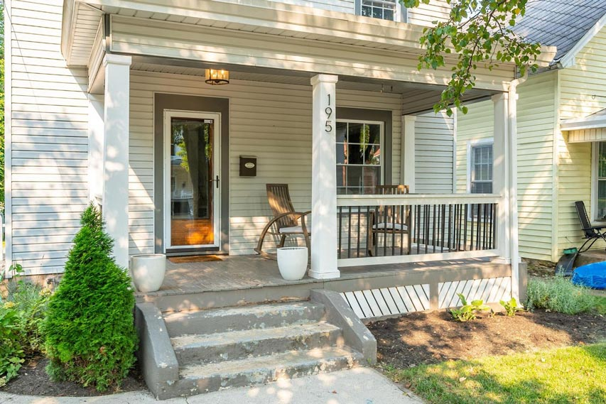 195 N Union St, Delaware, Ohio 43015, 3 Bedrooms Bedrooms, ,2 BathroomsBathrooms,Single Family Home,Contingent,N Union,1089